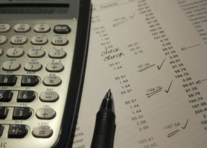 Accounts Receivable Analyst job description, duties, tasks, and responsibilities