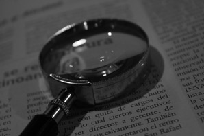 How to become a forensic document examiner