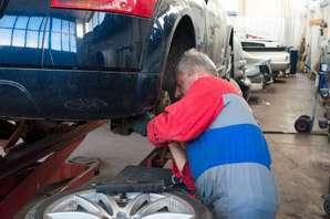Auto Mechanic job description, duties, tasks, and responsibilities