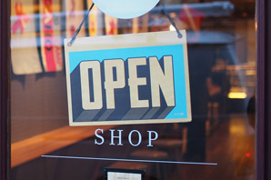 Retail Analyst job description, duties, tasks, and responsibilities.