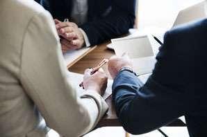 Economic analyst job description, duties, tasks, and responsibilities.