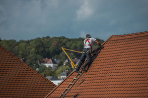 Roofing Laborer job description, duties, tasks, and responsibilities.