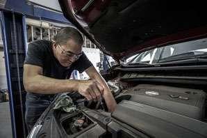 Car Mechanic job description, duties, tasks, and responsibilities.