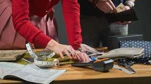 Credit Collector job description, tasks, duties, and responsibilities.