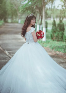 Bridal Stylist Job Description, Key Duties and Responsibilities