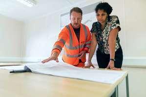 Construction Contractor Job Description, Key Duties and Responsibilities