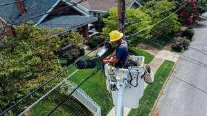 Construction Electrician Job Description, Key Duties and Responsibilities