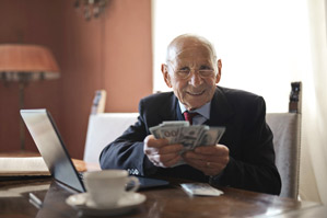 Best 20 Work from Home Jobs for Retirees