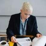 Construction Contracts Manager Job Description, Key Duties and Responsibilities