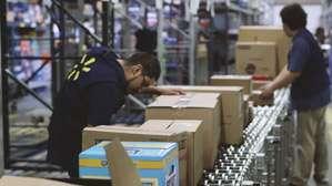 Walmart Warehouse Associate Job Description, Key Duties and Responsibilities